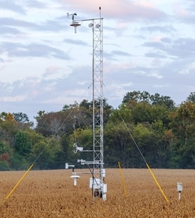 Meteorological flux tower