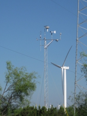 Ocotilo, Texas site: 30- meter high tower instrumented to measure winds and temperature at 5 different heights. Photo Credit: NOAA, June 2010